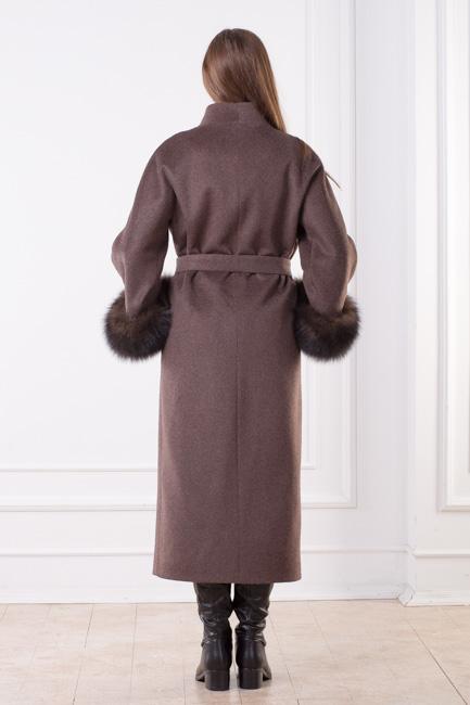 Женское зимнее пальто с мехом Лиана сзади