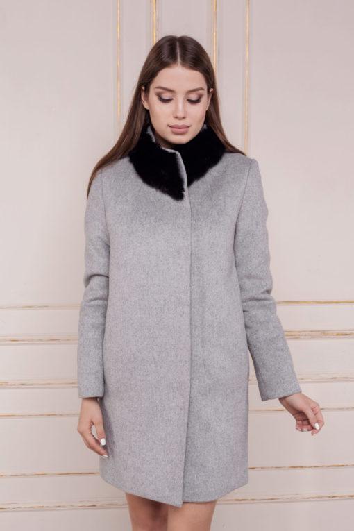 Зимнее пальто-кокон с меховым воротником Вишня фото