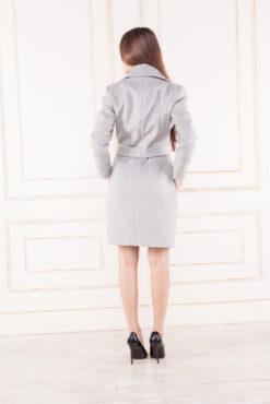 Женское приталенное пальто Жизель сзади