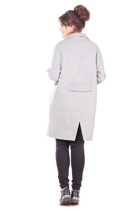 Женское пальто-халат оверсайз Линда сзади