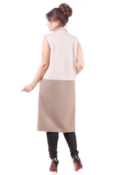 Удлиненный жилет из пальтовой ткани сзади